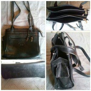 Bags - Vintage Black Leather Bag